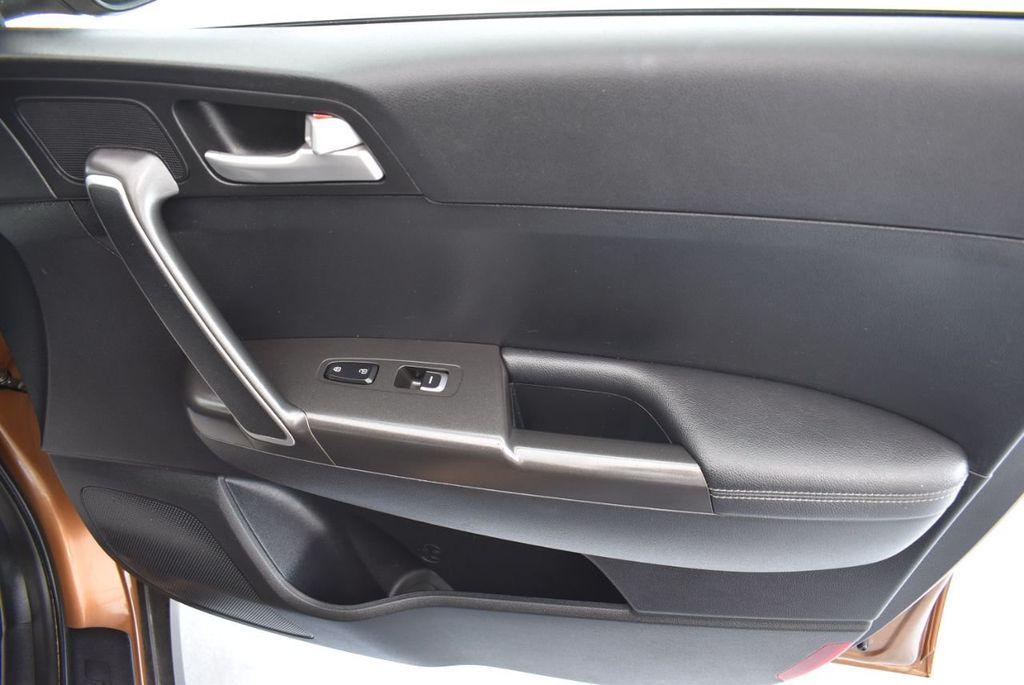 2018 Kia Sportage LX AWD - 18319308 - 24