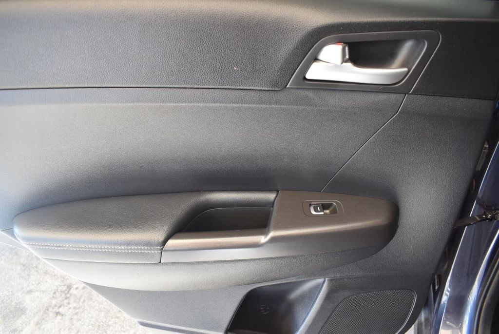 2018 Kia Sportage LX FWD - 17986925 - 13