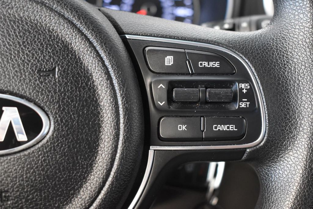 2018 Kia Sportage LX FWD - 17986925 - 18