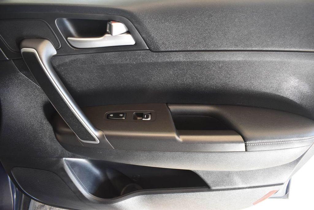 2018 Kia Sportage LX FWD - 17986925 - 25
