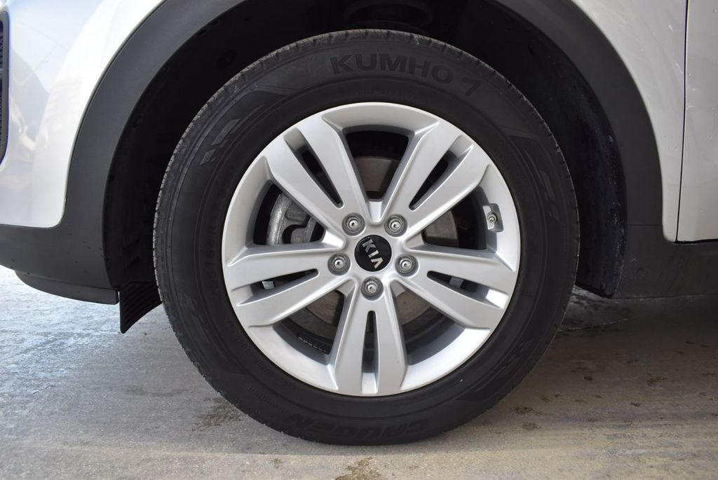 2018 Kia Sportage LX FWD - 18497659 - 11