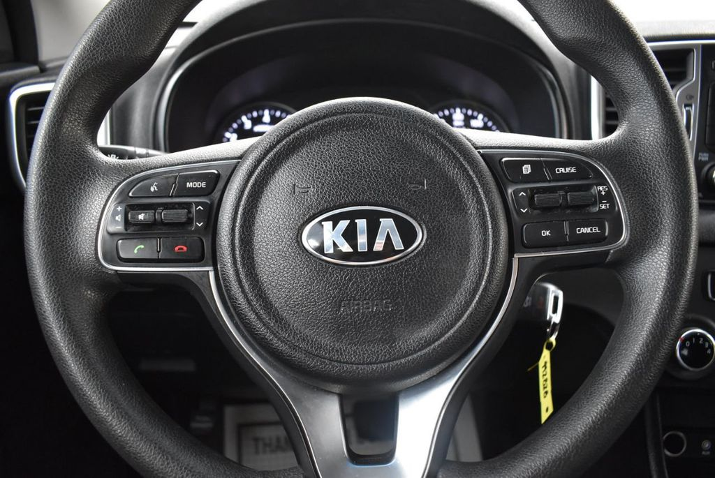 2018 Kia Sportage LX FWD - 18497659 - 17