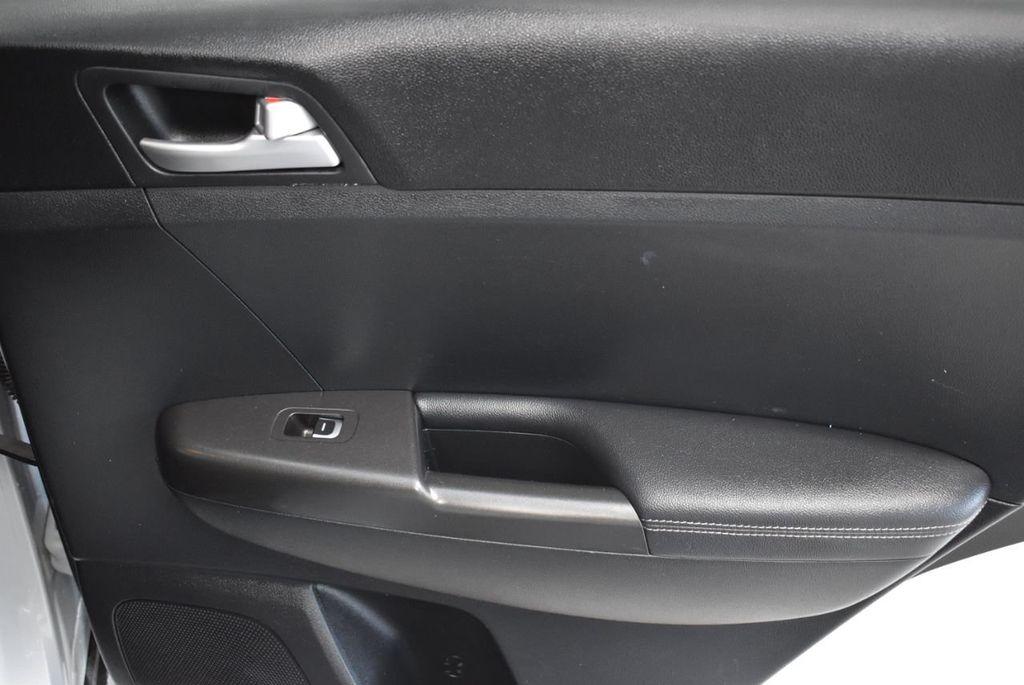 2018 Kia Sportage LX FWD - 18497659 - 25