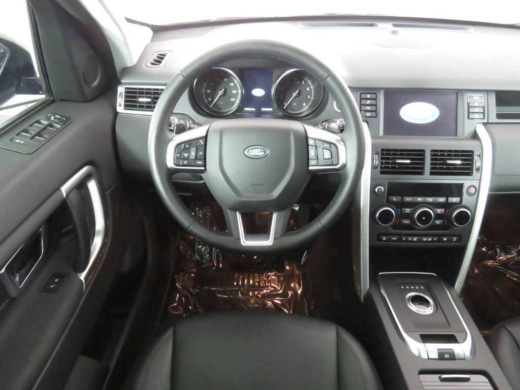 2018 Land Rover Discovery Sport COURTESY VEHICLE - 18782626 - 9