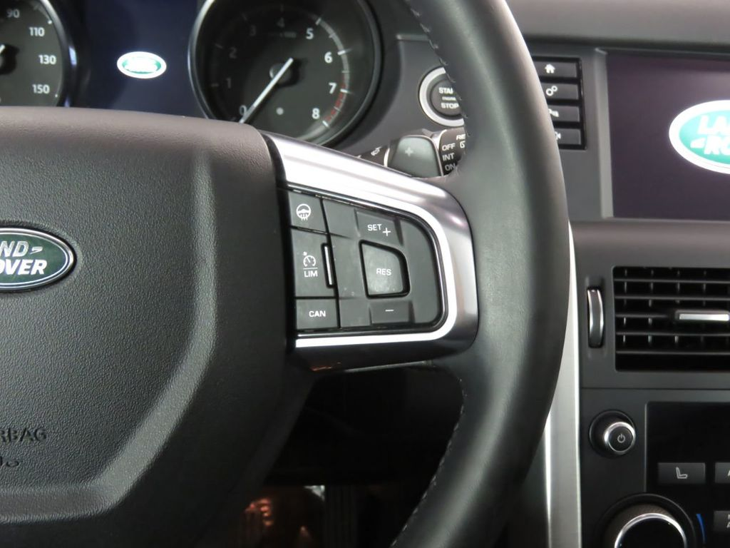 2018 Land Rover Discovery Sport COURTESY VEHICLE - 18782626 - 11