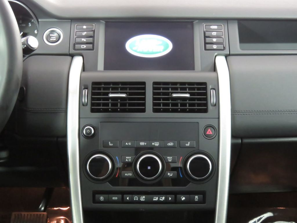 2018 Land Rover Discovery Sport COURTESY VEHICLE - 18782626 - 13