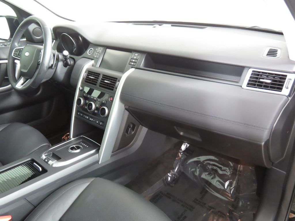 2018 Land Rover Discovery Sport COURTESY VEHICLE - 18782626 - 17