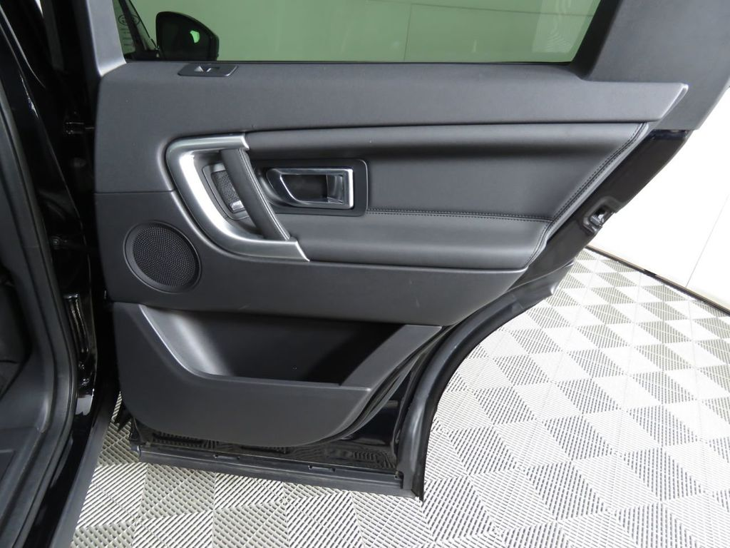 2018 Land Rover Discovery Sport COURTESY VEHICLE - 18782626 - 27