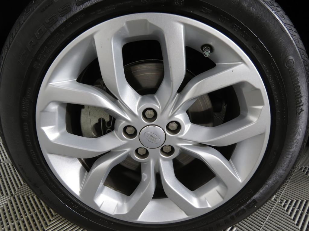 2018 Land Rover Discovery Sport COURTESY VEHICLE - 18782626 - 33