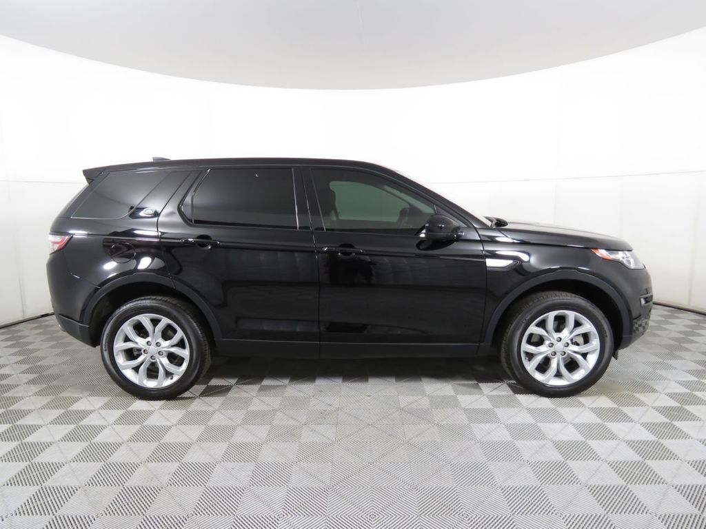 2018 Land Rover Discovery Sport COURTESY VEHICLE - 18782626 - 3