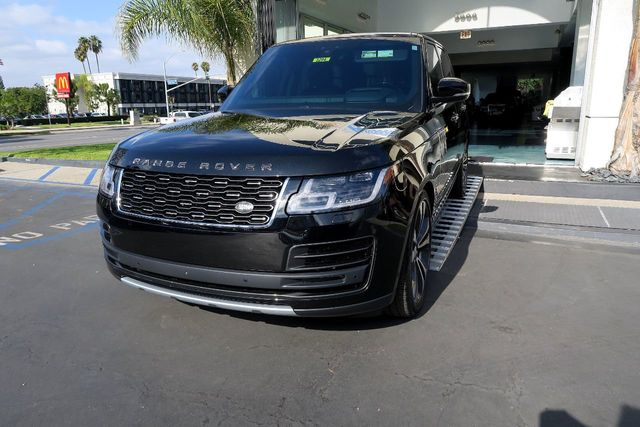 2018 Land Rover Range Rover V8 Supercharged SV Autobiography Dynamic SWB - Click to see full-size photo viewer