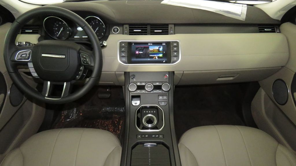 2018 Land Rover Range Rover Evoque COURTESY VEHICLE  - 17893840 - 12