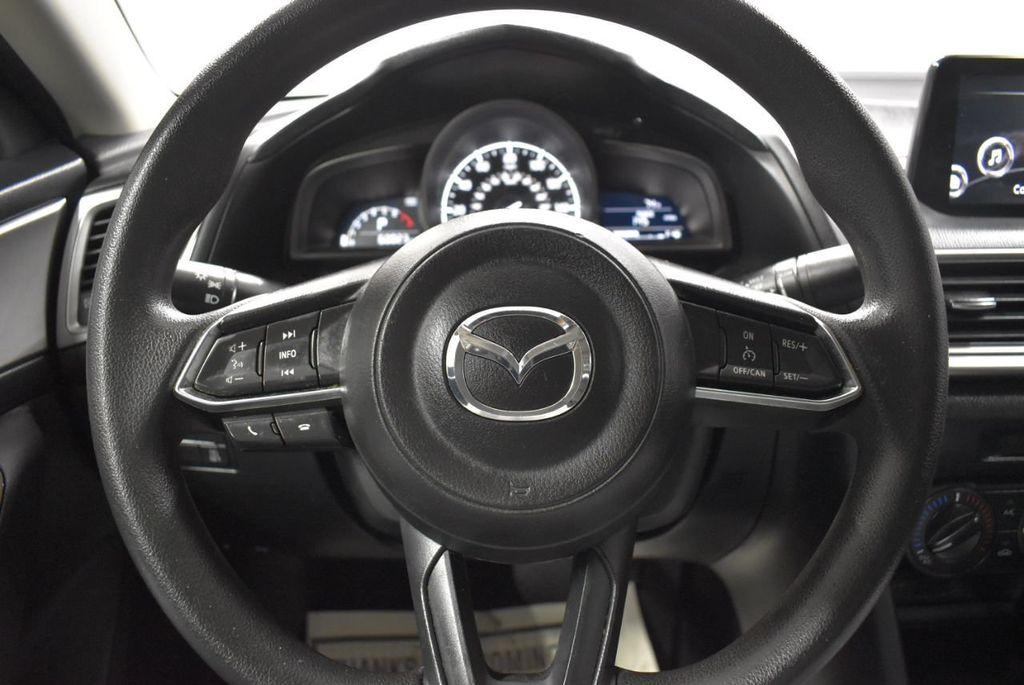2018 Mazda Mazda3 4-Door SPORT - 18415823 - 15