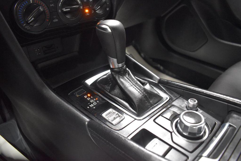 2018 Mazda Mazda3 4-Door SPORT - 18415823 - 19