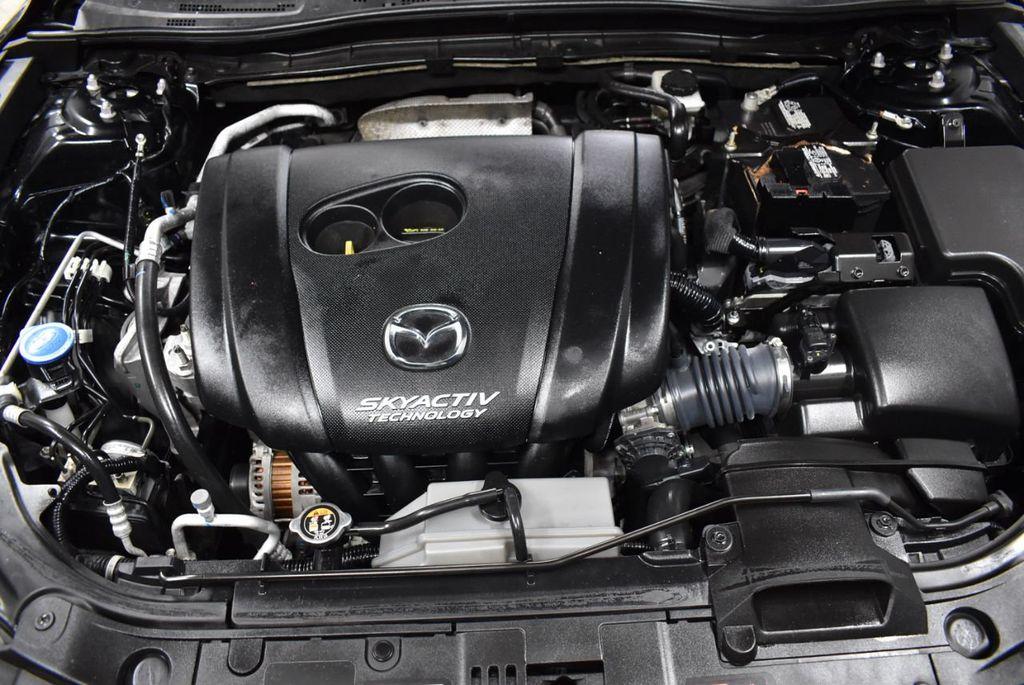2018 Mazda Mazda3 4-Door SPORT - 18415823 - 24