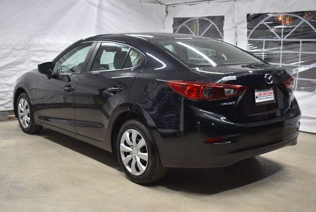 2018 Mazda Mazda3 4-Door SPORT - 18415823 - 3