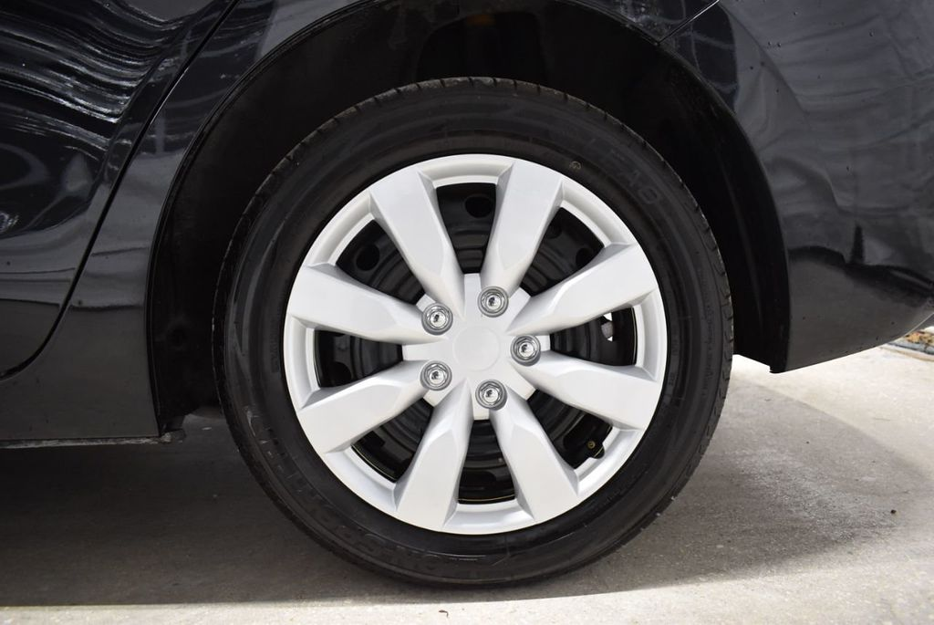 2018 Mazda Mazda3 4-Door SPORT - 18415823 - 8