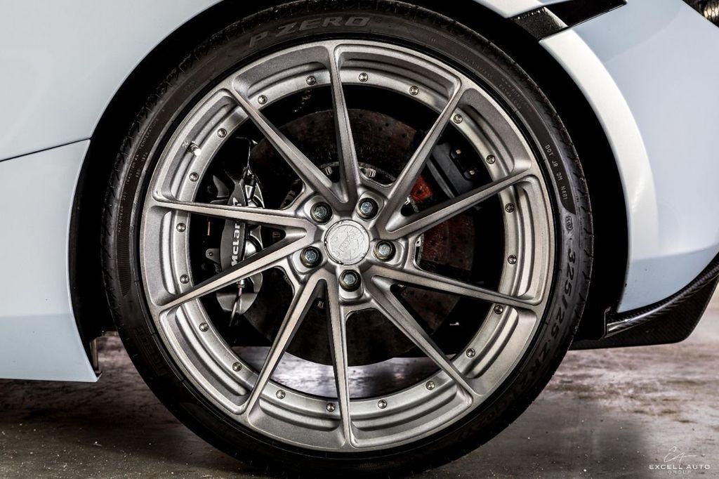 2018 McLaren 720S Luxury Coupe - 17517189 - 33