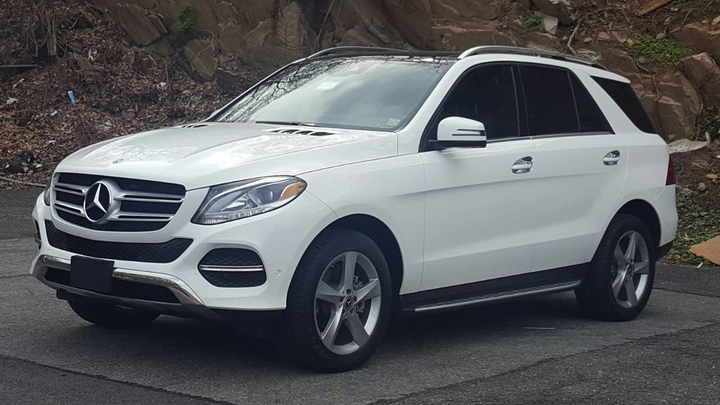 2018 Mercedes-Benz GLE 350 4MATIC w/Panoramic Roof - 18170869 - 0