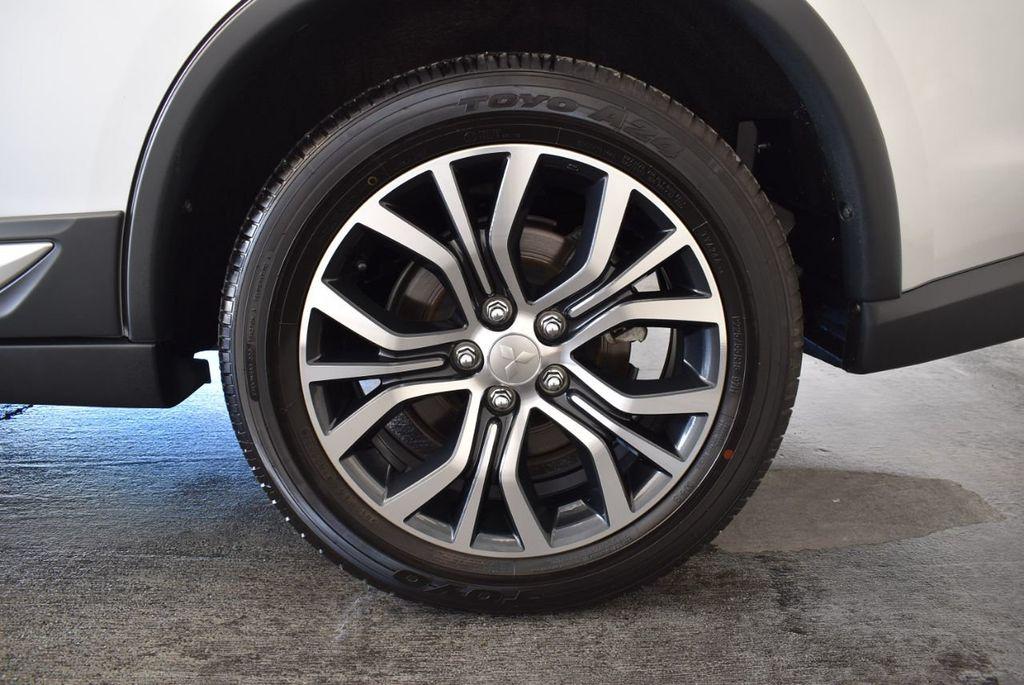 2018 Mitsubishi Outlander ES FWD - 18078929 - 10