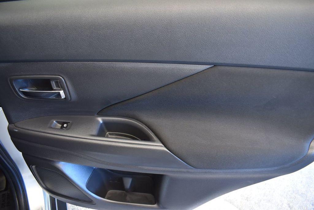 2018 Mitsubishi Outlander ES FWD - 18078929 - 23