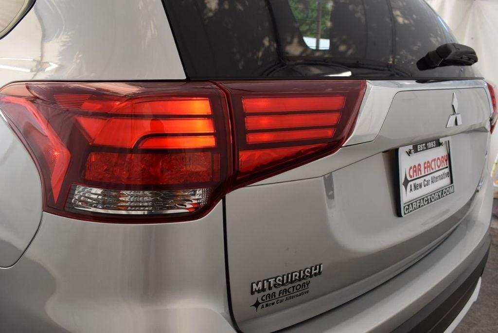 2018 Mitsubishi Outlander ES FWD - 18078929 - 6