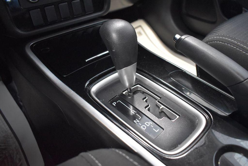 2018 Mitsubishi Outlander ES FWD - 18546212 - 20