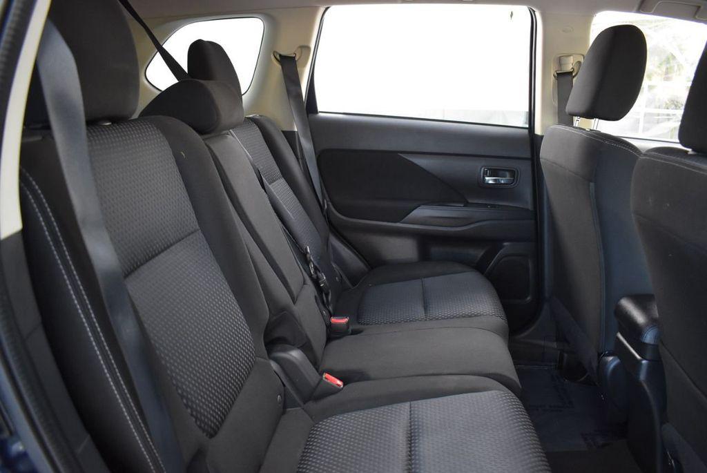 2018 Mitsubishi Outlander ES FWD - 18546212 - 23