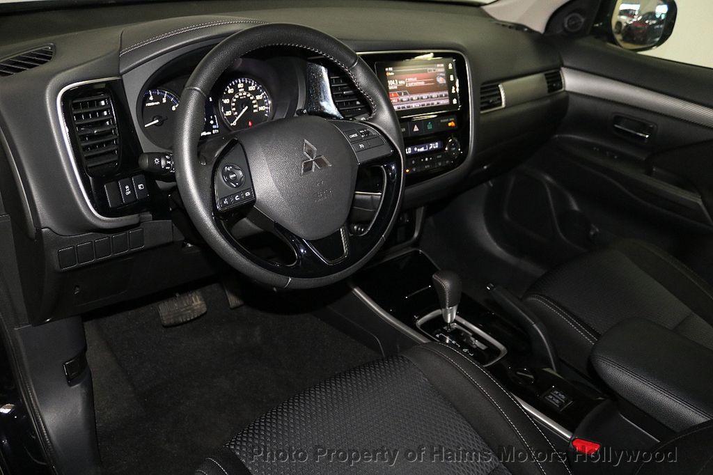 2018 Mitsubishi Outlander SE FWD - 18516212 - 20
