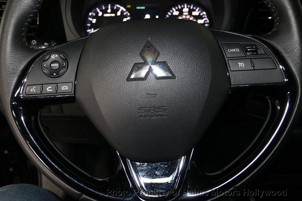 2018 Mitsubishi Outlander SE FWD - 18516212 - 27