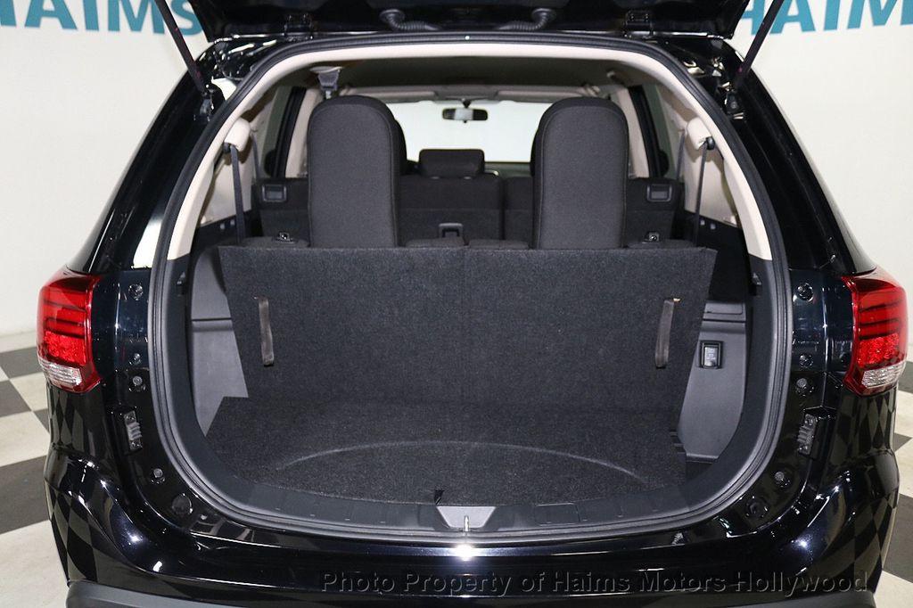 2018 Mitsubishi Outlander SE FWD - 18516212 - 8