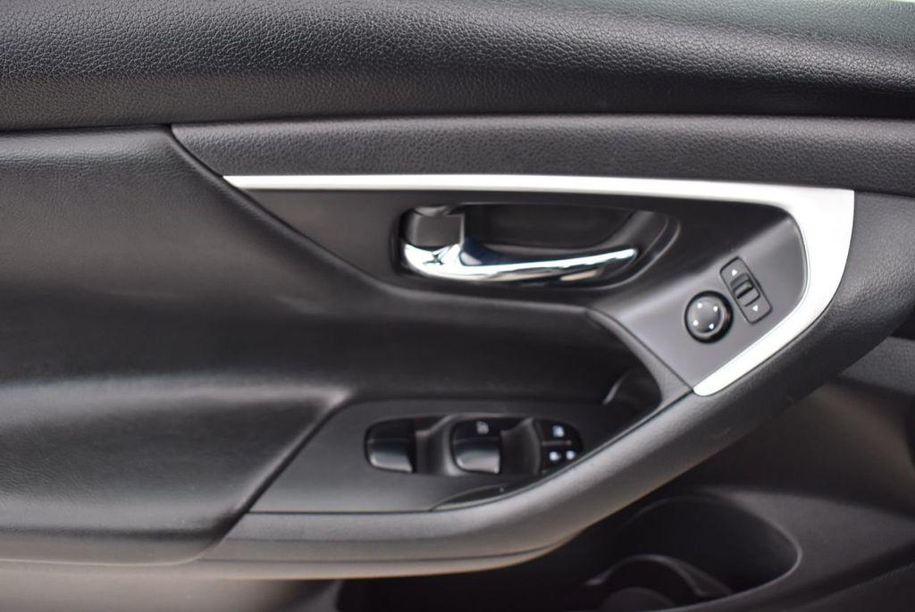 2018 Nissan Altima  - 18592314 - 13