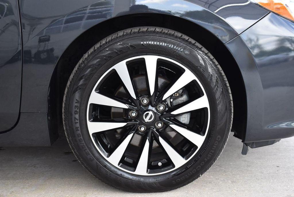 2018 Nissan Altima  - 18592315 - 9