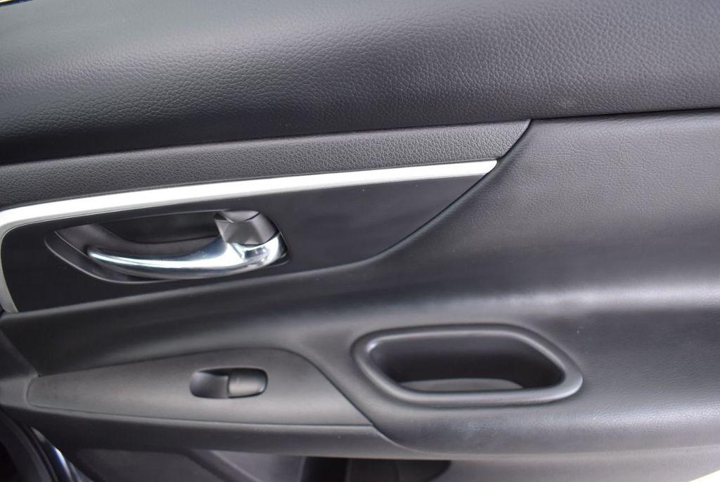 2018 Nissan Altima  - 18592315 - 17