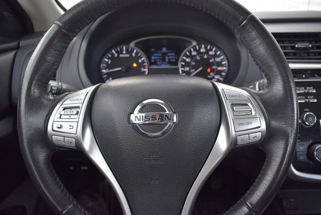 2018 Nissan Altima  - 18592315 - 19