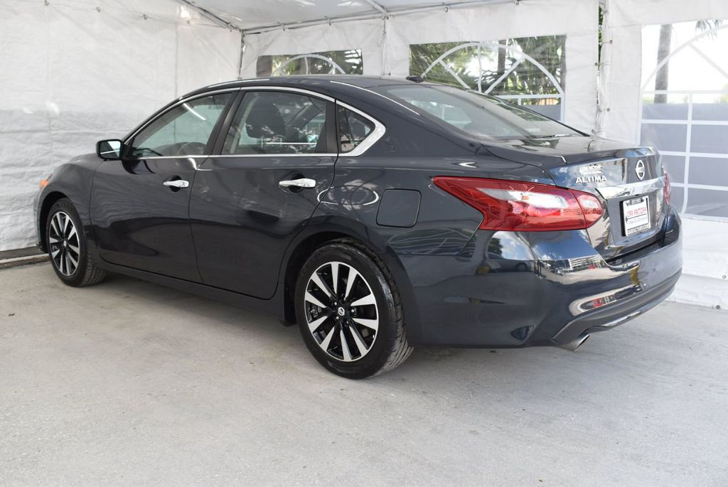 2018 Nissan Altima  - 18592315 - 3