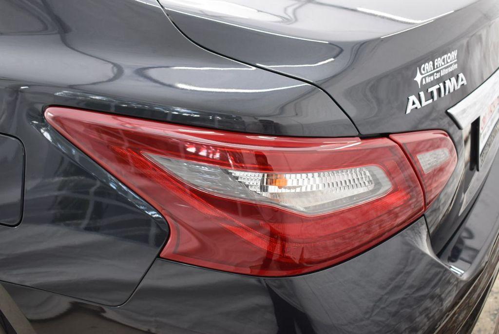 2018 Nissan Altima  - 18592315 - 4