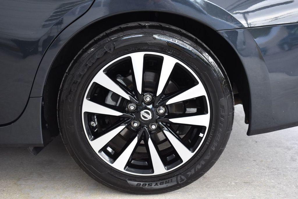 2018 Nissan Altima  - 18592315 - 7