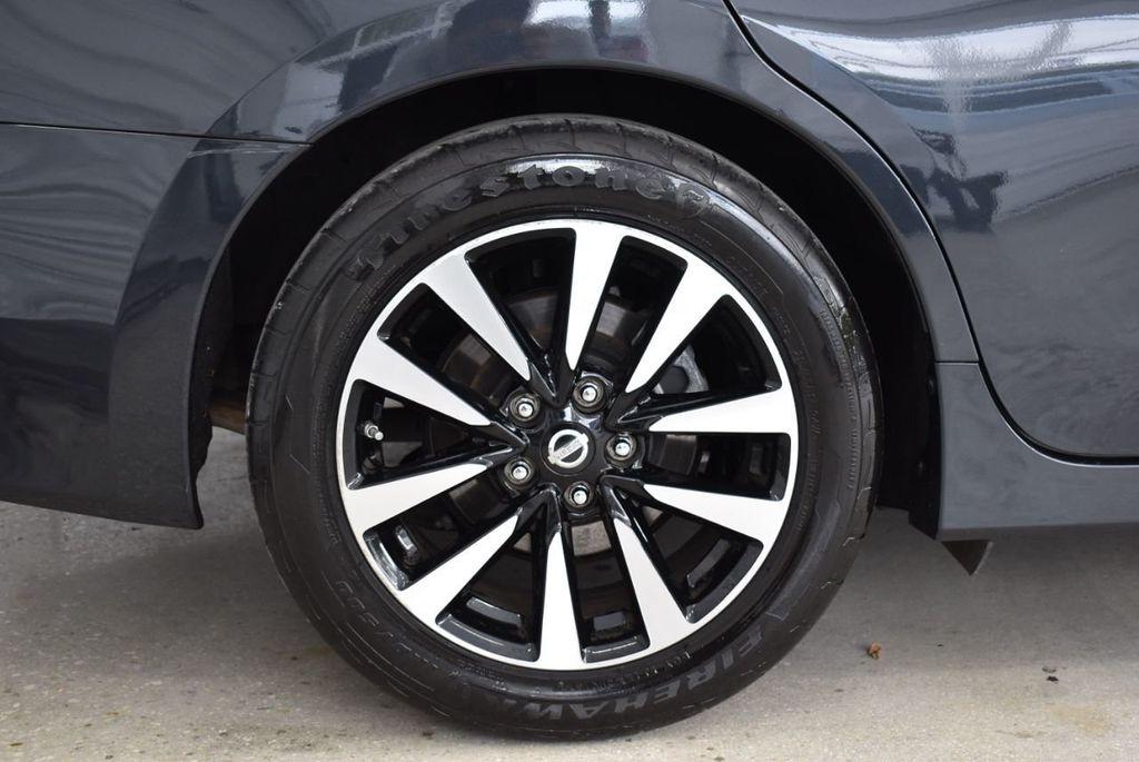 2018 Nissan Altima  - 18592315 - 8