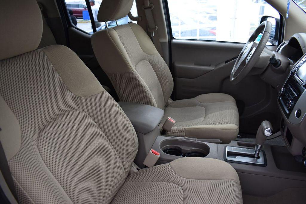 2018 Nissan Frontier  - 18550552 - 16