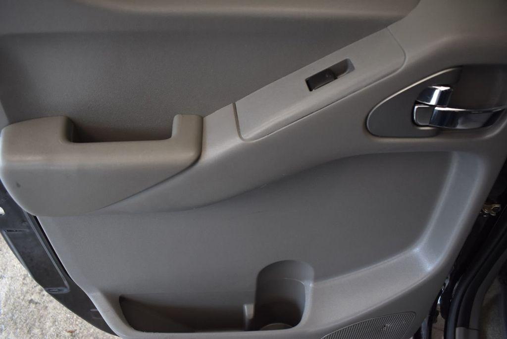 2018 Nissan Frontier CREW CAB - 18161915 - 11