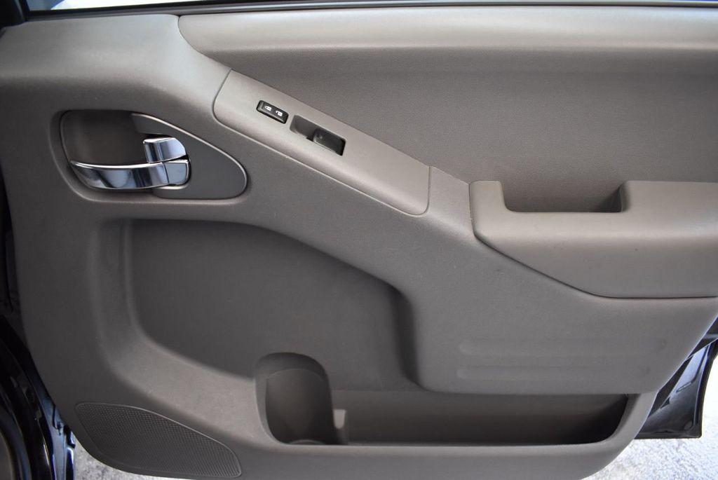 2018 Nissan Frontier CREW CAB - 18161915 - 23