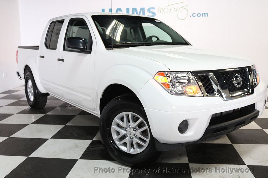 2018 Nissan Frontier Crew Cab 4x2 SV V6 Automatic - 17718853 - 3