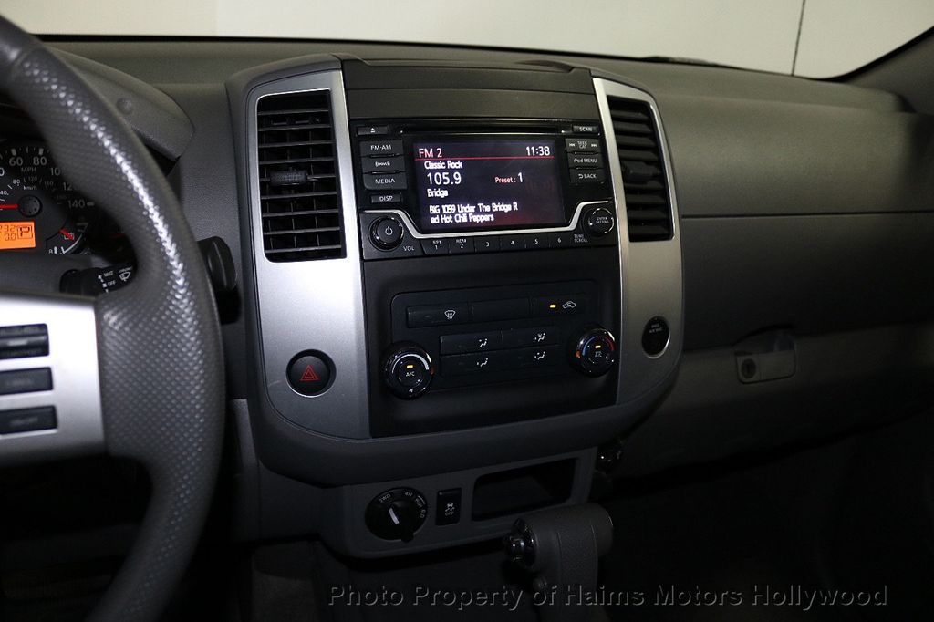 2018 Nissan Frontier Crew Cab 4x2 SV V6 Automatic - 18271928 - 18