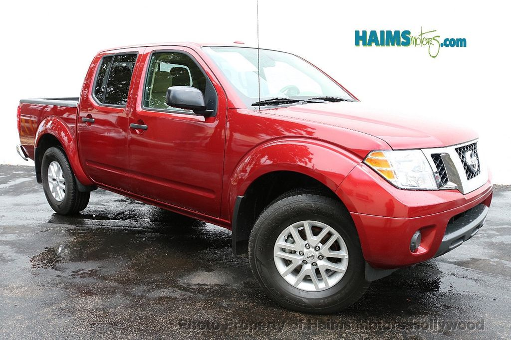 2018 Nissan Frontier Crew Cab 4x4 SV V6 Automatic - 18069760 - 3