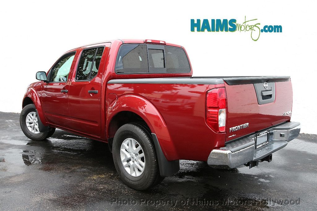 2018 Nissan Frontier Crew Cab 4x4 SV V6 Automatic - 18069760 - 4