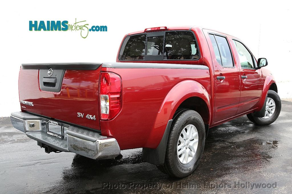 2018 Nissan Frontier Crew Cab 4x4 SV V6 Automatic - 18069760 - 6