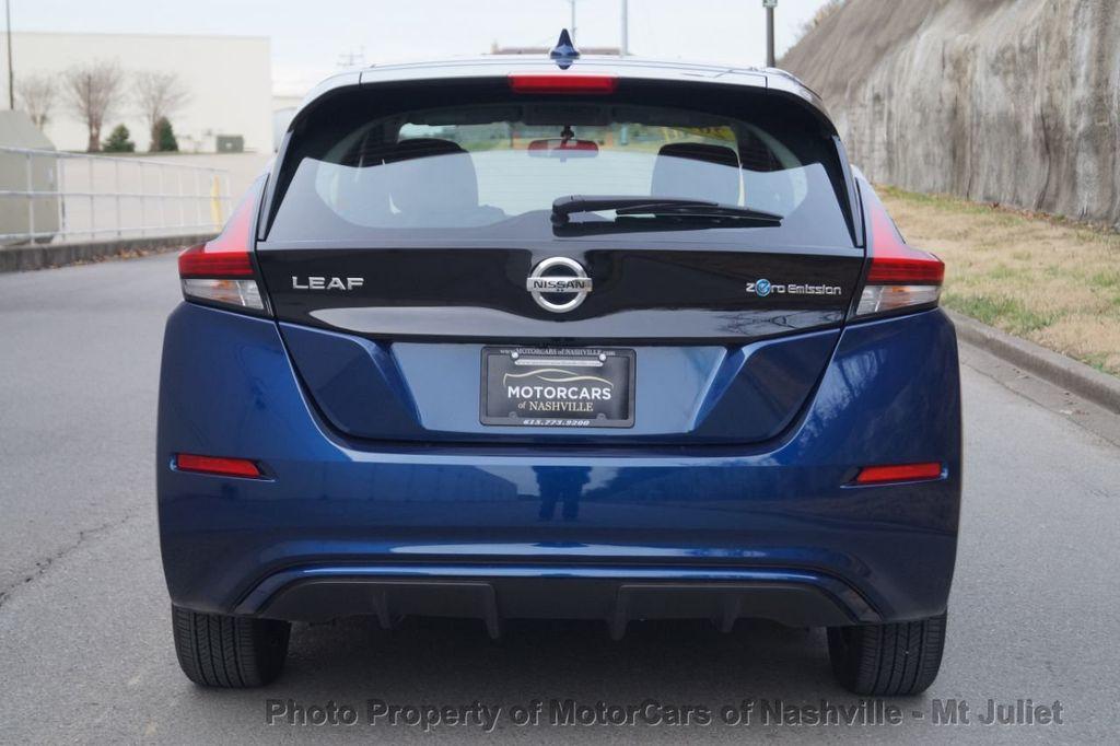 2018 Nissan Leaf S Hatchback - 18415252 - 9