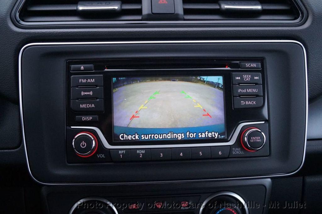2018 Nissan Leaf S Hatchback - 18415252 - 33