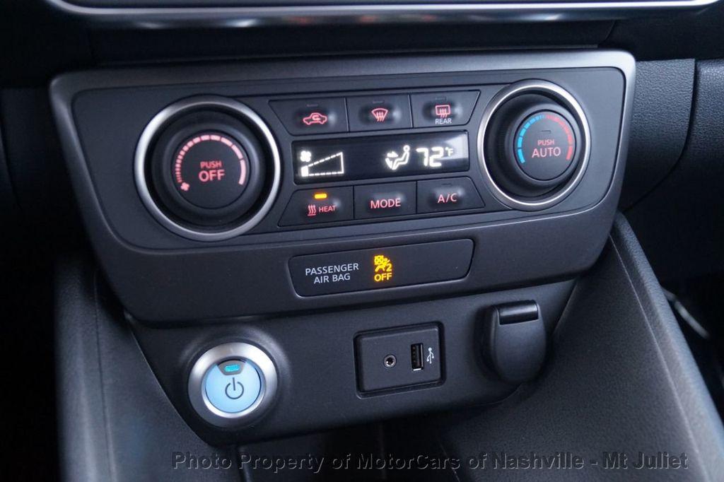 2018 Nissan Leaf S Hatchback - 18415252 - 34